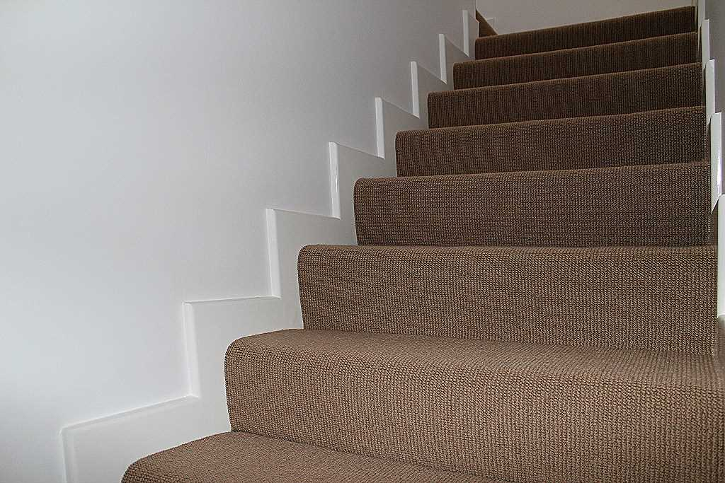 Skirting Boards On Staircase Blue Sky Carpentry Gold Coast