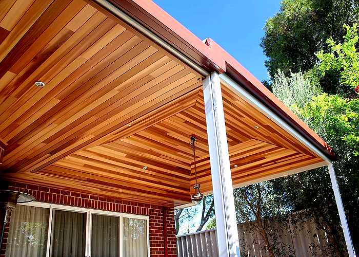 cedar-lining-on-steel-patio