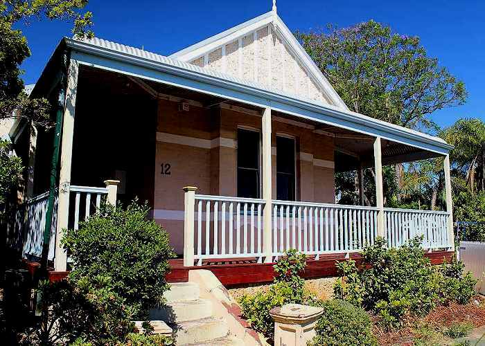verandah-timber-balustrade