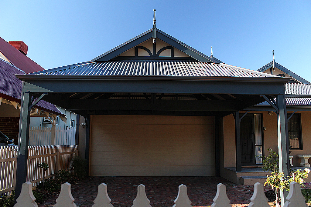 Double timber Carport with Colorbond Dutch gable roof ...
